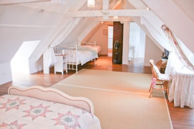 french-farmhouse-luxury-bed-breakfast-accommodation-160